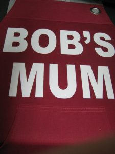Vinyl bobs mum